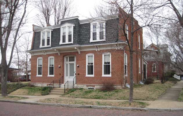 Advice from historian Bob Brunkow, PhD, on researching the history of homes in Belleville.