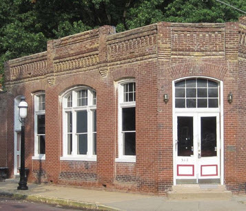 The Belleville Historical Society plans to convert the historic Garfield Building into a museum of Belleville brewing and saloon history.